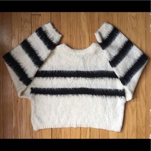 H&M fluffy pullover sweater